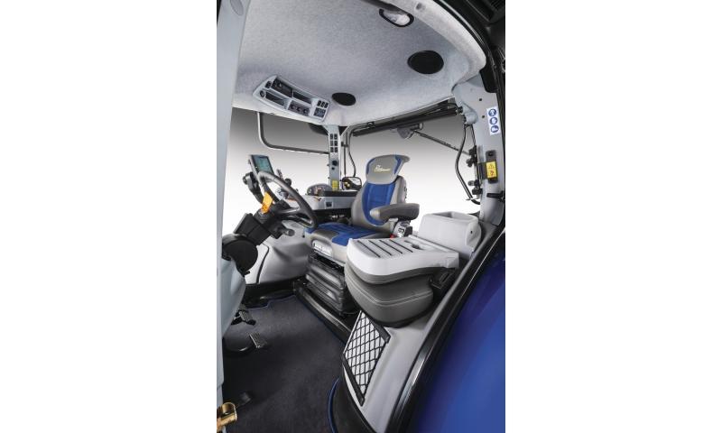 t7-315-bluepower-hd-autocommand-tier4b-15-g-019